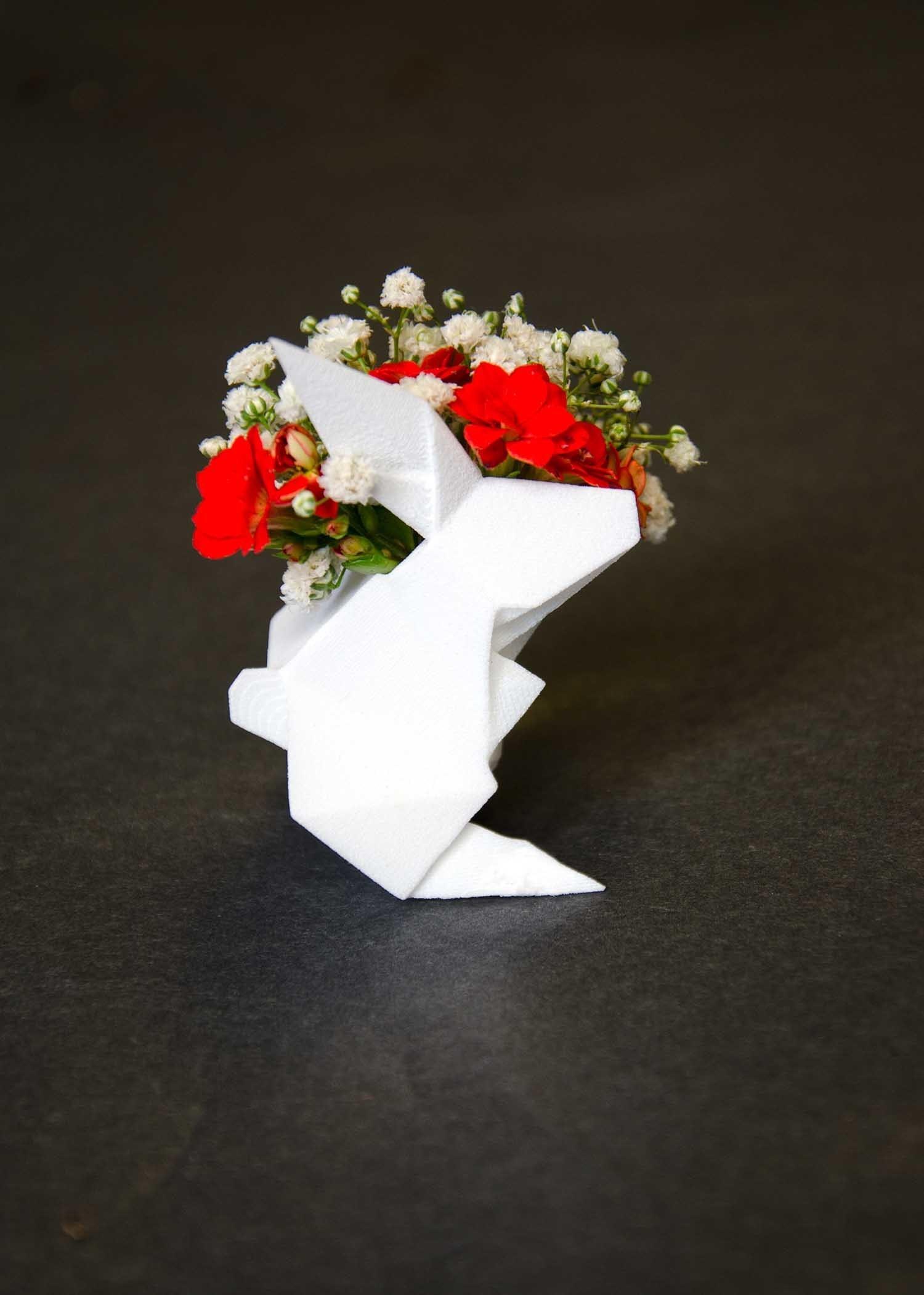 DSC_6787.jpg Download OBJ file Origami Rabbit Pendant • 3D printer design, Merve