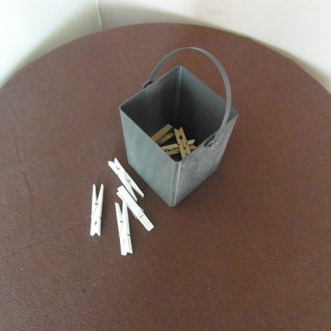 SAM_3759.JPG Download free STL file Laundry tongs box • 3D printable model, dsf