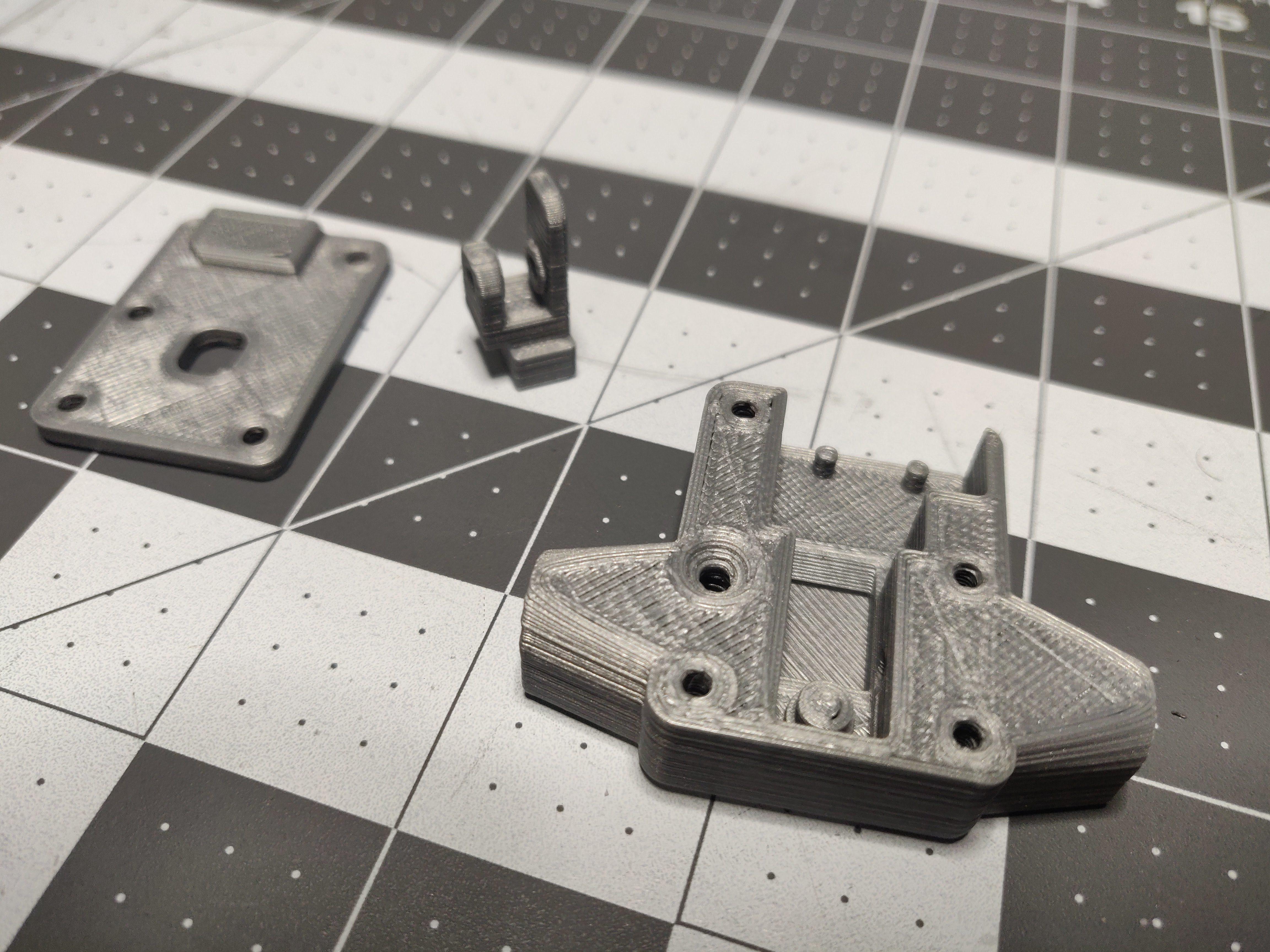 IMG_20190102_191408.jpg Télécharger fichier STL gratuit Capteur de faux-rond du filament (roulement à billes) • Design pour impression 3D, KrisCubed