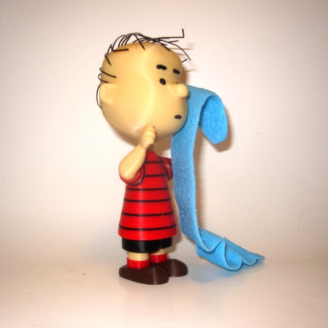 linus angleb1.jpg Download free STL file Linus van Pelt • 3D printing object, reddadsteve