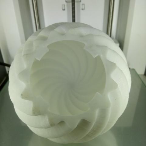 DSC_3710.JPG Download free STL file Roof Lamp Spiral_1 • 3D printing design, JaimeGR