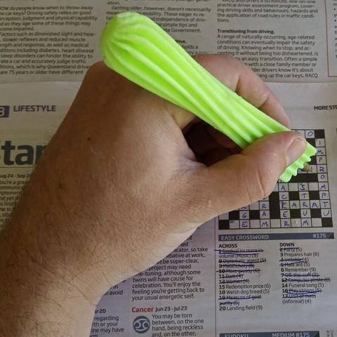20160829_114208 crop.jpg Télécharger fichier STL gratuit Bic Pen Twisty Grip • Design à imprimer en 3D, edditive