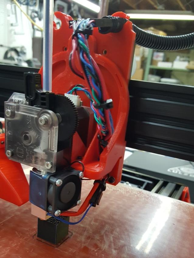Capture d'écran 2017-04-12 à 12.15.58.png Download free STL file TAZ5 E3D Titan Mount Remixed with stronger back and heat insert holes • 3D printing design, crprinting