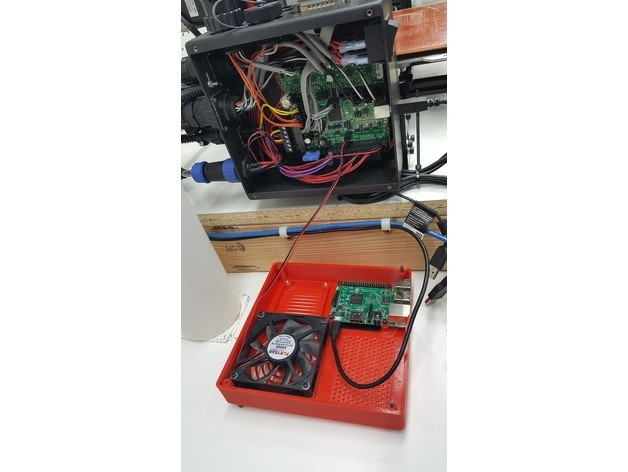 11ebde7a94e645d36a41f04b790dade4_preview_featured.jpg Download free STL file TAZ 5 Raspberry Pi 2 / 3 Main Box Extension • 3D print template, crprinting
