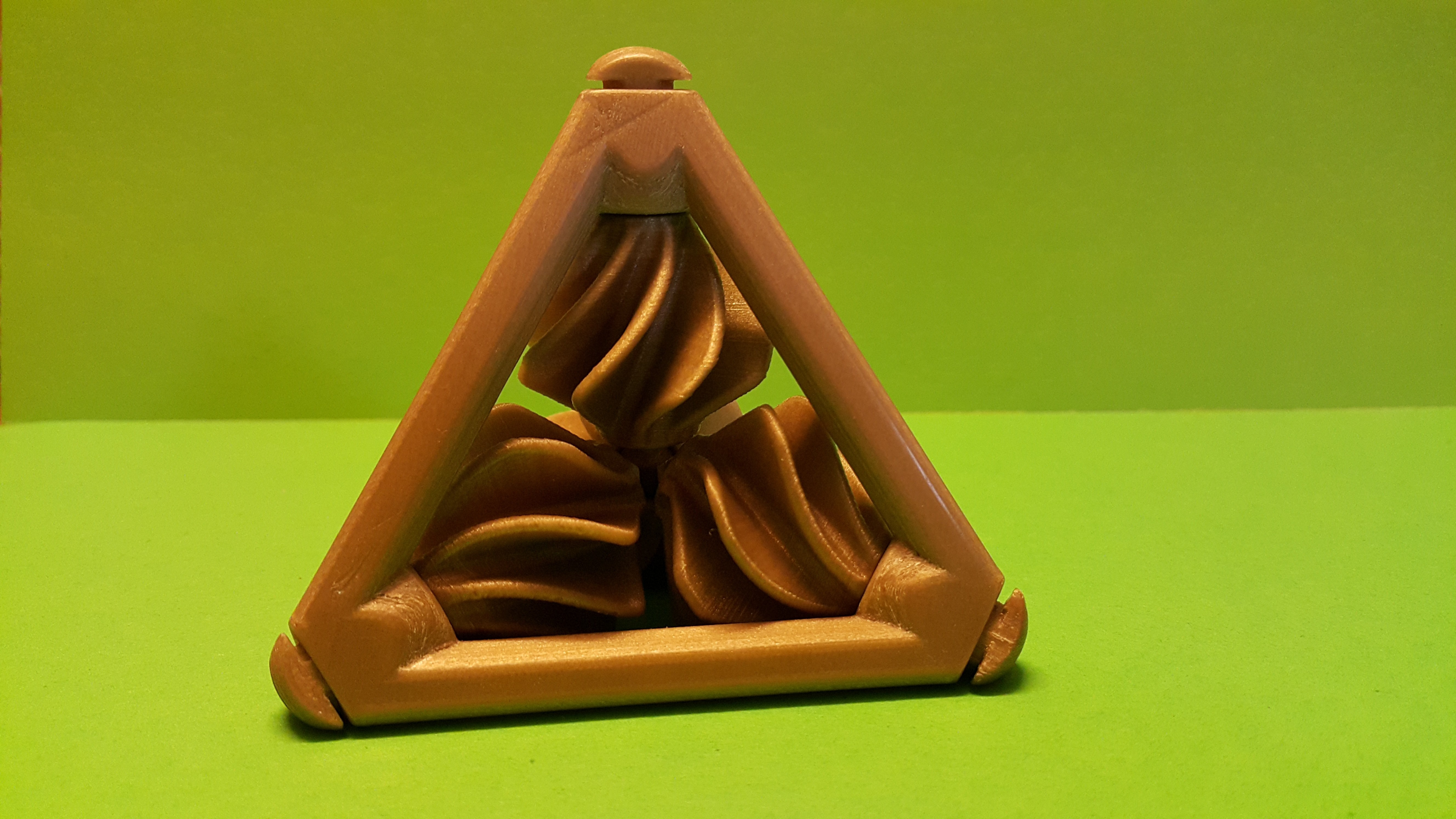 20161018_113013.jpg Download free STL file Tetrahedron with Propellers - Tetraedron with helices • 3D printing model, NOP21