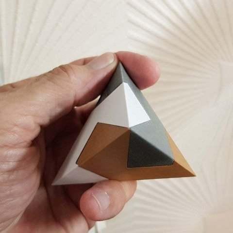 Imprimir en 3D gratis Pirámide en 3 partes - kawai tsugite, NOP21