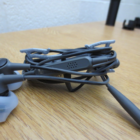 Free 3d printer designs  The Easy Earbud Wrapper, PentlandDesigns