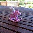 Télécharger fichier STL gratuit Cheval bacule pour Sylvanian Playmobil Petits Malins • Modèle pour impression 3D, LaWouattebete