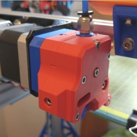 26af0d22ef1a46436c1f27f1a86d850d_preview_featured.jpg Download free STL file dTitan Geared Extruder • 3D printer template, _MSA_