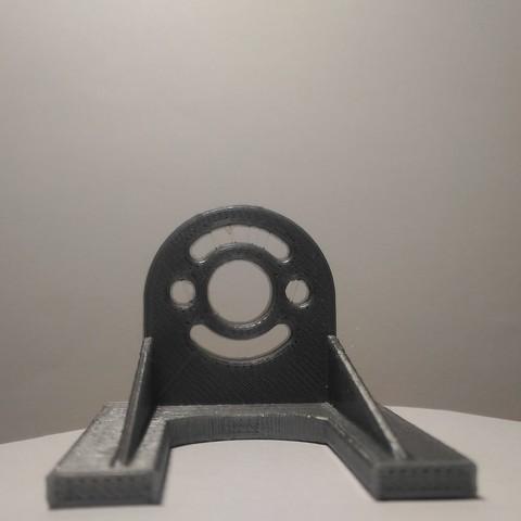 P_20161214_190924.jpg Download STL file Electric motor frame • Object to 3D print, seck84