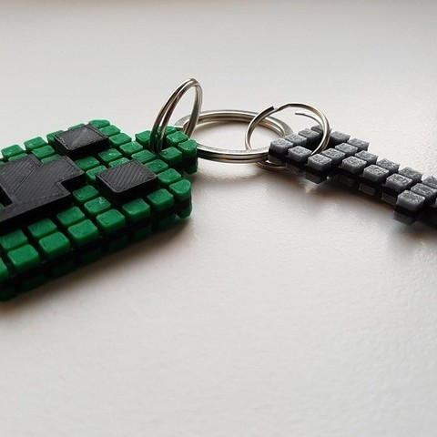 Keychain 8.jpg Download free STL file Minecraft Creeper Keychain (single extruder) • 3D printing object, Bishop