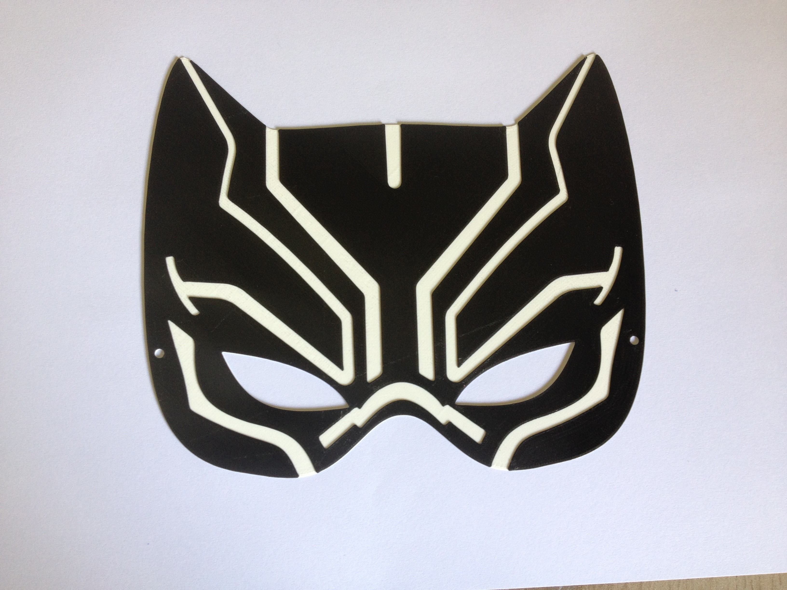 IMG_4014.JPG Download STL file Black Panther mask / Masque la Panthère Noire • 3D printing object, woody3d974