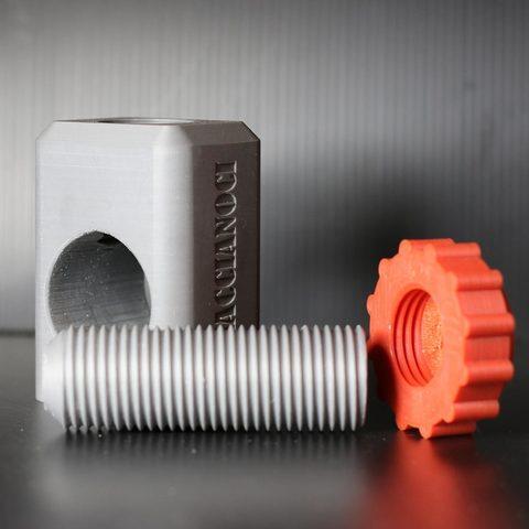SCH3-LQ.jpg Télécharger fichier STL gratuit CASSE NOISETTE • Plan imprimable en 3D, bersandro