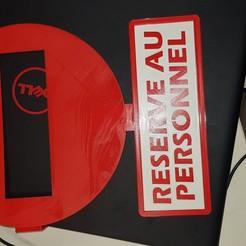Télécharger fichier 3D gratuit Sens interdit Réservé au personnel, n256