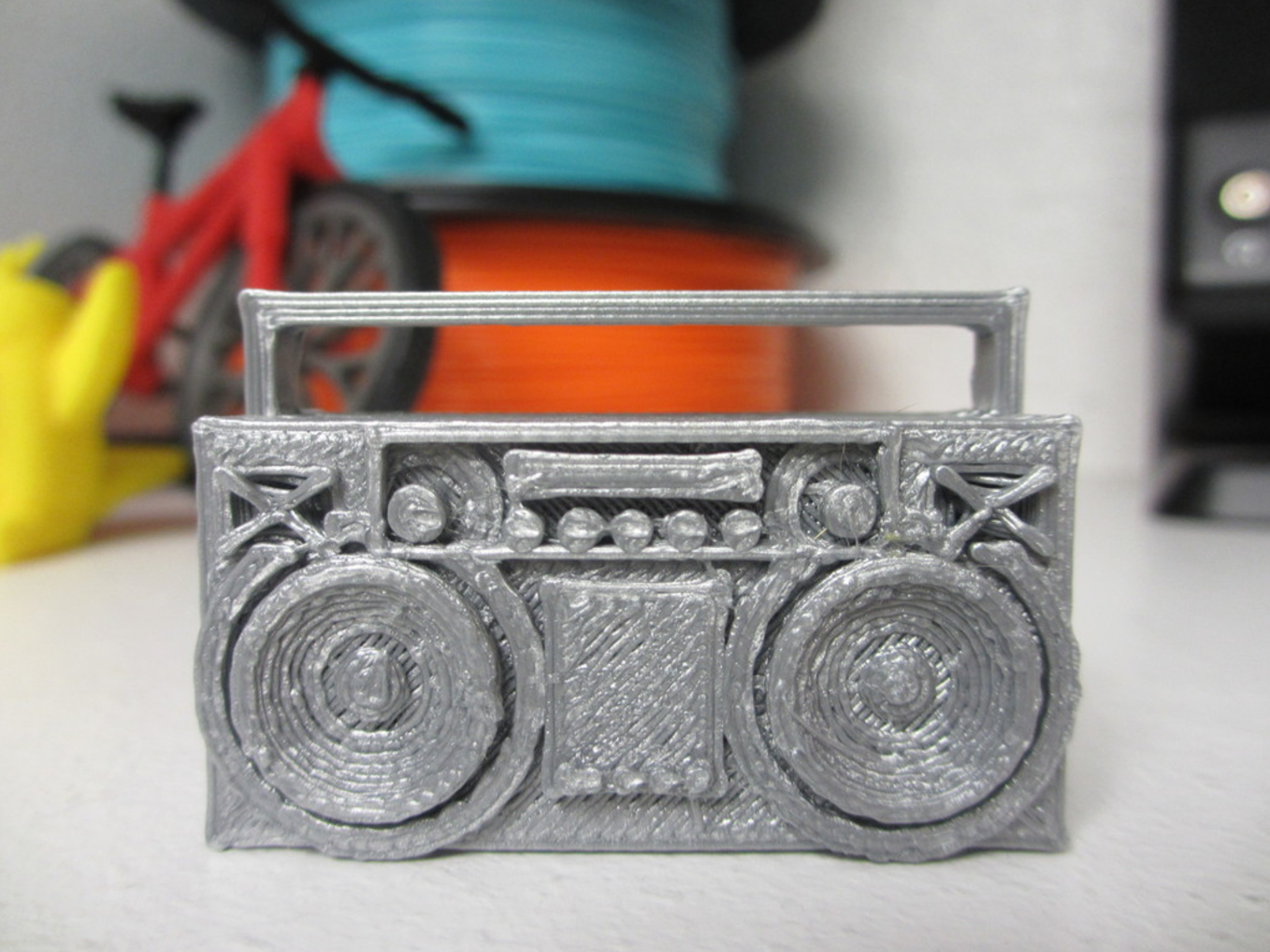 Capture d'écran 2017-01-23 à 11.33.57.png Download free STL file Boombox • 3D printer design, STRIX_3D