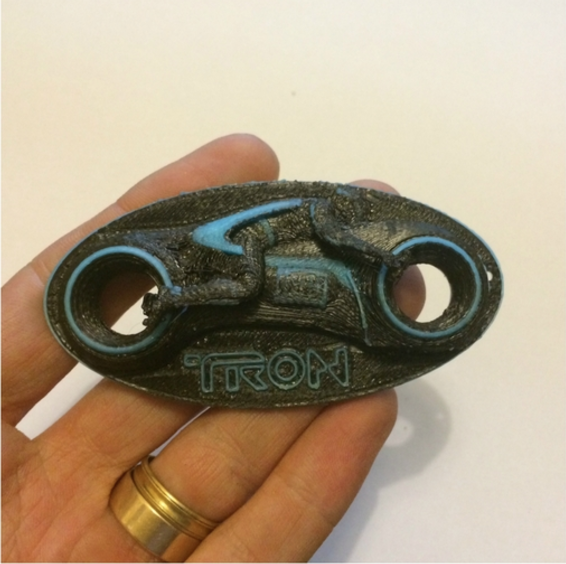 Capture d'écran 2016-12-12 à 22.15.58.png Download free STL file Tron Dual Extrusion Light cycle Keyring • 3D printing design, Geoffro