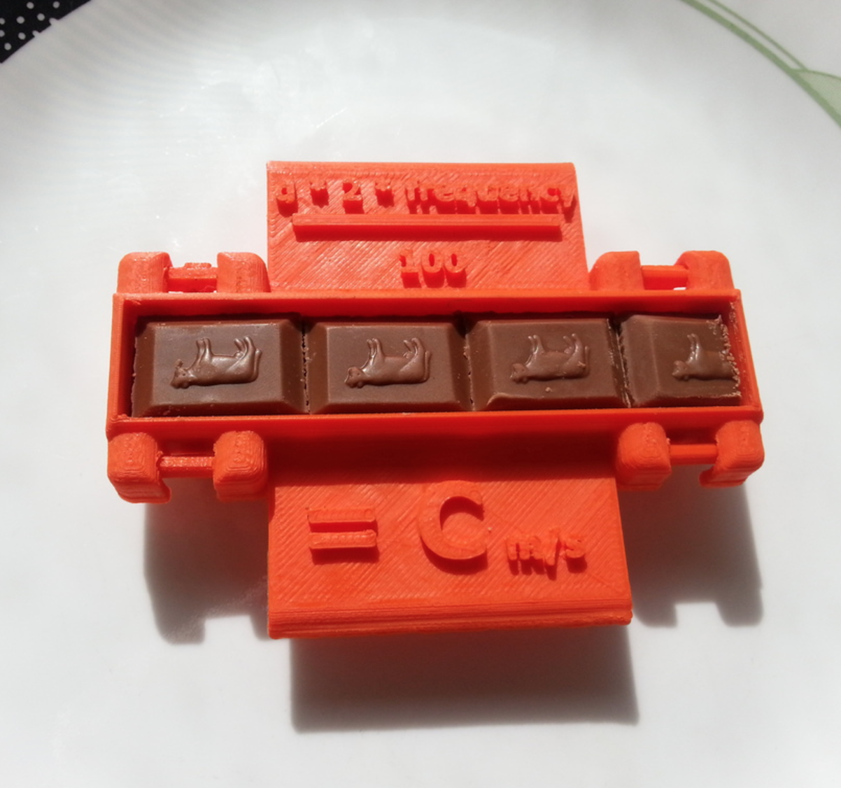 Capture d'écran 2016-12-14 à 16.29.44.png Download free STL file Measure the Speed of Light With Chocolate! • 3D printable design, Yuval_Dascalu