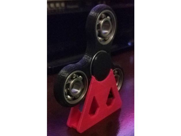 1b4813538465be99fee97682fb6d759d_preview_featured.JPG Download free STL file Hand Fidget Spinner Holder Support Stand. • 3D printing template, Bitencourt