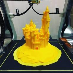 Round_Grand_Castle.jpg Télécharger fichier STL gratuit Rond Grand Château • Objet imprimable en 3D, makerwiz