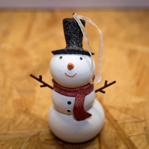 Capture d'écran 2016-12-19 à 11.10.44.png Download free STL file Snowman Ornament • 3D printing design, Desktop_Makes