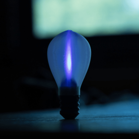 Free STL file Light Bulb, Desktop_Makes