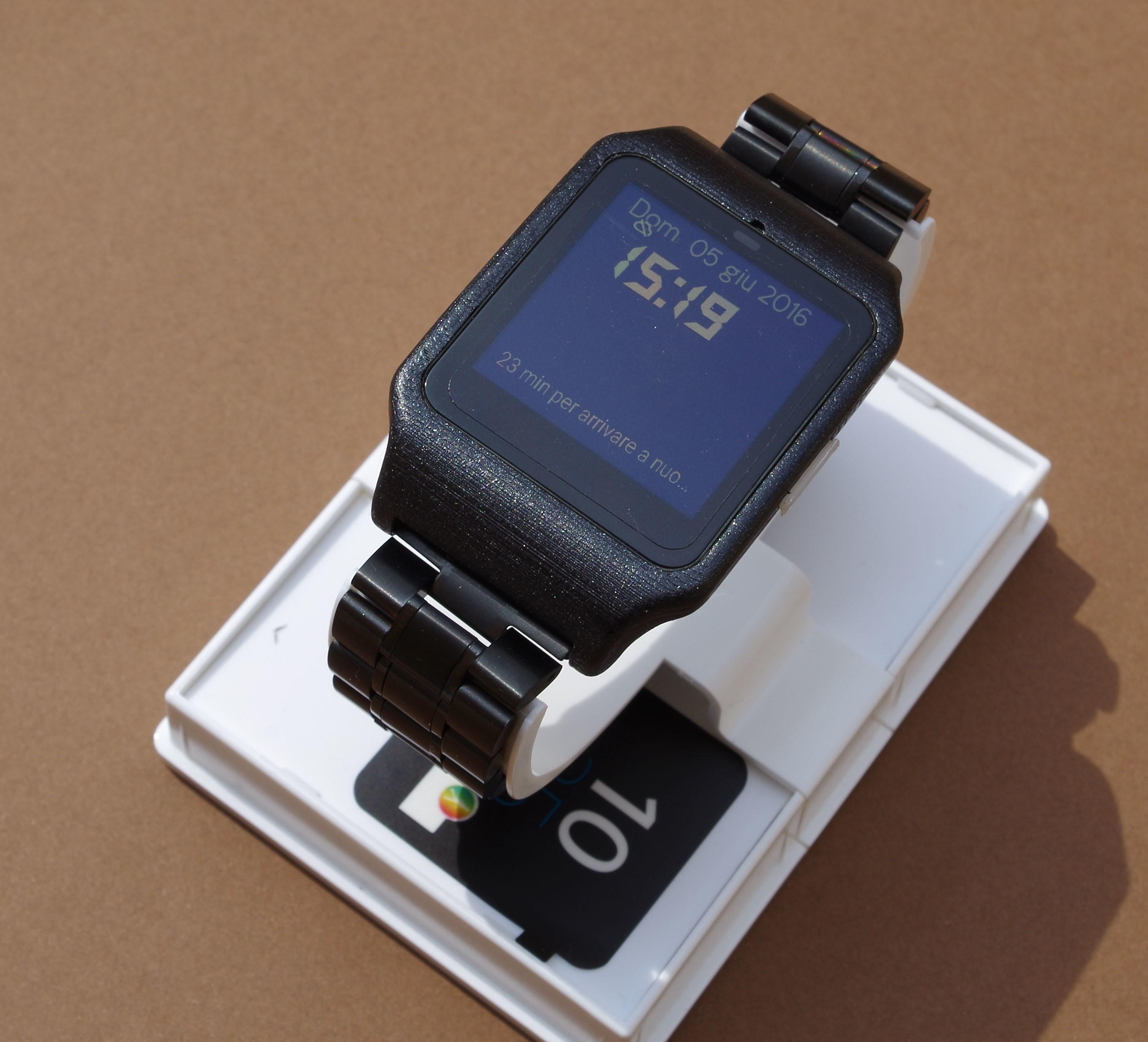IMGP6245.JPG Download STL file sony smartwatch 3 holder • 3D printable design, MZTutto3D