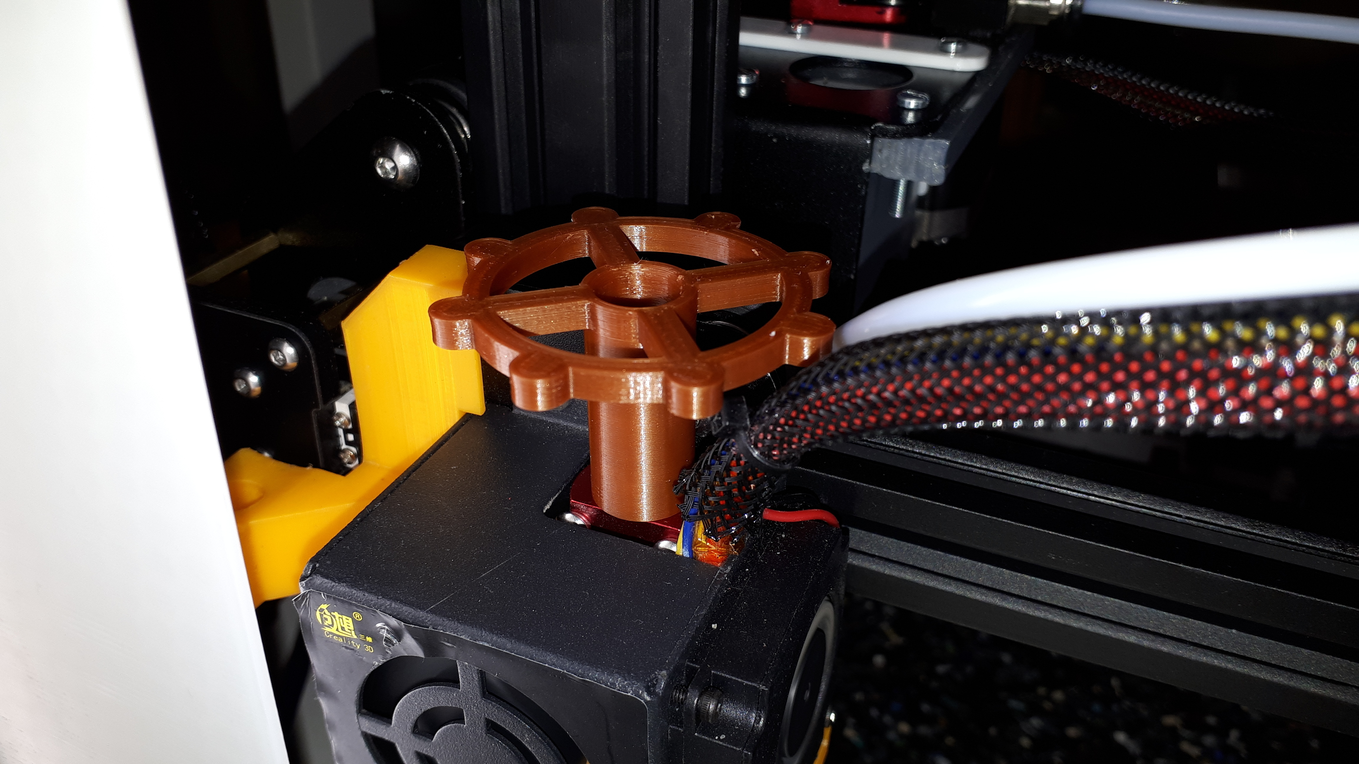 20180507_035158.jpg Download free STL file clé pour raccord pneumatique du corps de chauffe CR-10 . • 3D printable template, Cyborg