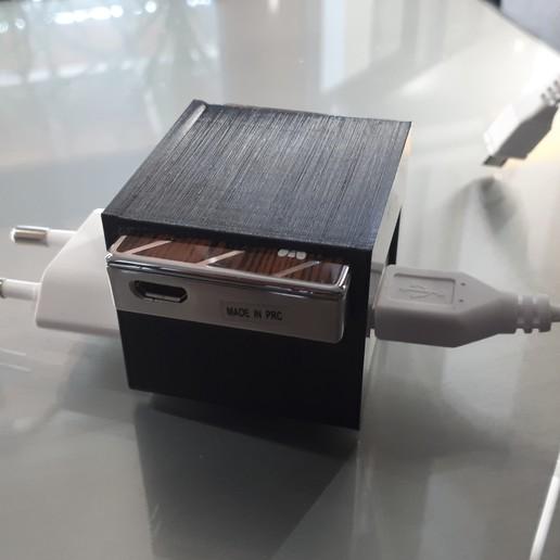 Télécharger plan imprimante 3D gatuit support briquet electronique sur son chargeur, Cyborg