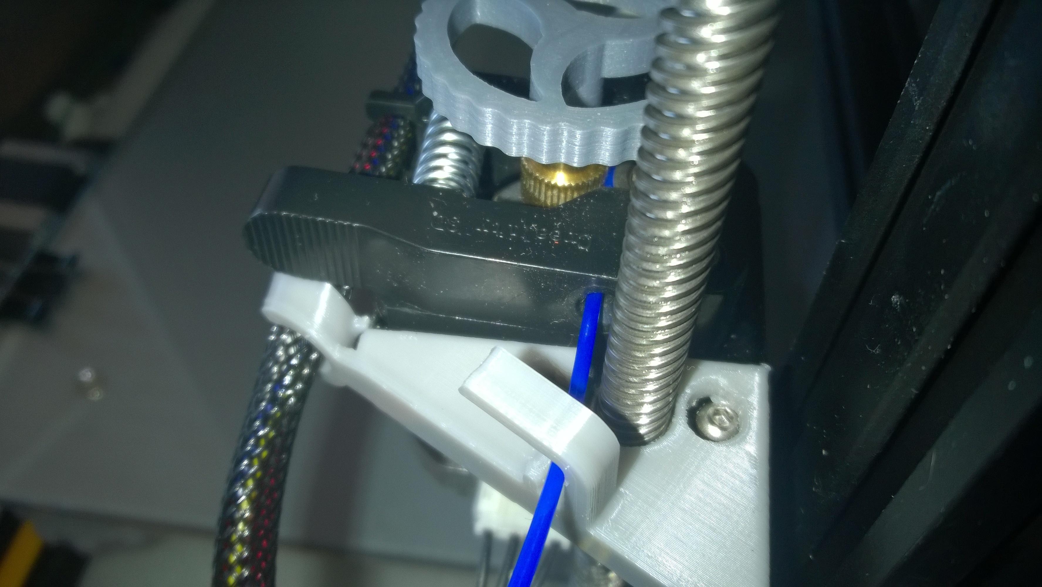 WP_20180124_15_06_01_Pro.jpg Download free STL file Un autre guide de filament pour la CR-10 de l'extrudeuse • 3D printable model, Cyborg