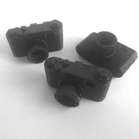 FullSizeRender 12.jpg Télécharger fichier STL gratuit porte-clés caméra • Design pour imprimante 3D, alber