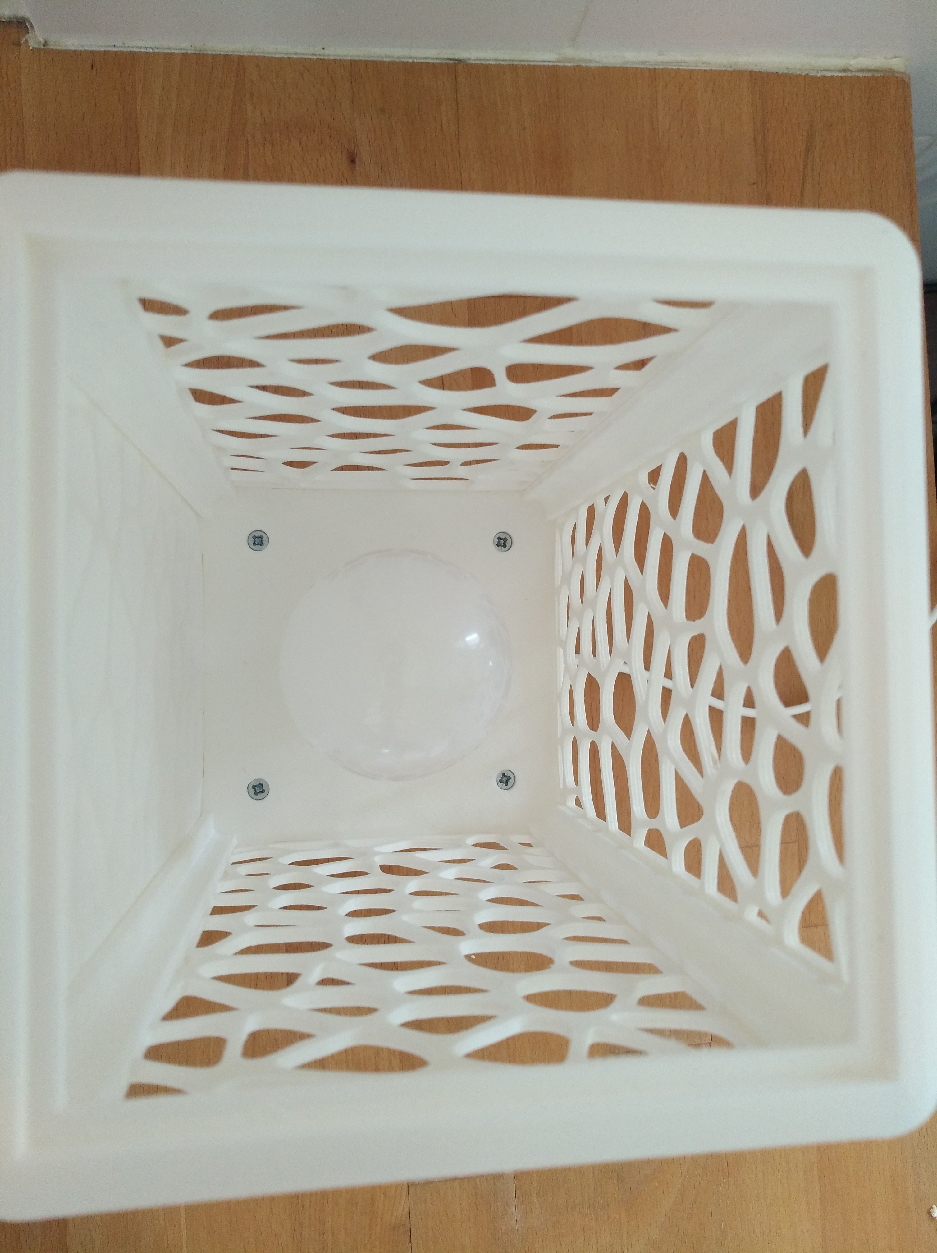 IMG_20180602_154341.jpg Download free STL file Customisable tower lamp • 3D print template, Simdid