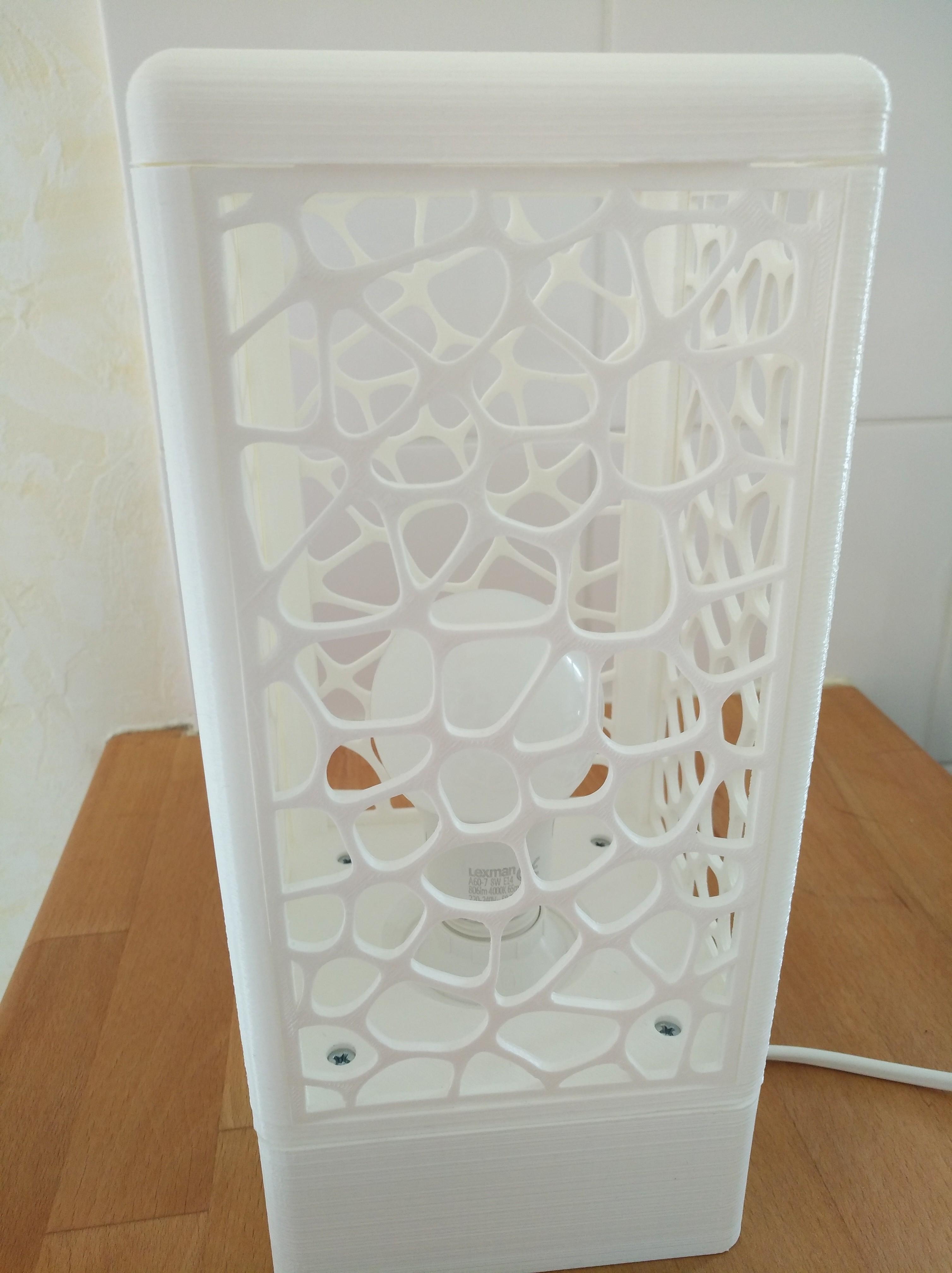 IMG_20180602_154333.jpg Download free STL file Customisable tower lamp • 3D print template, Simdid