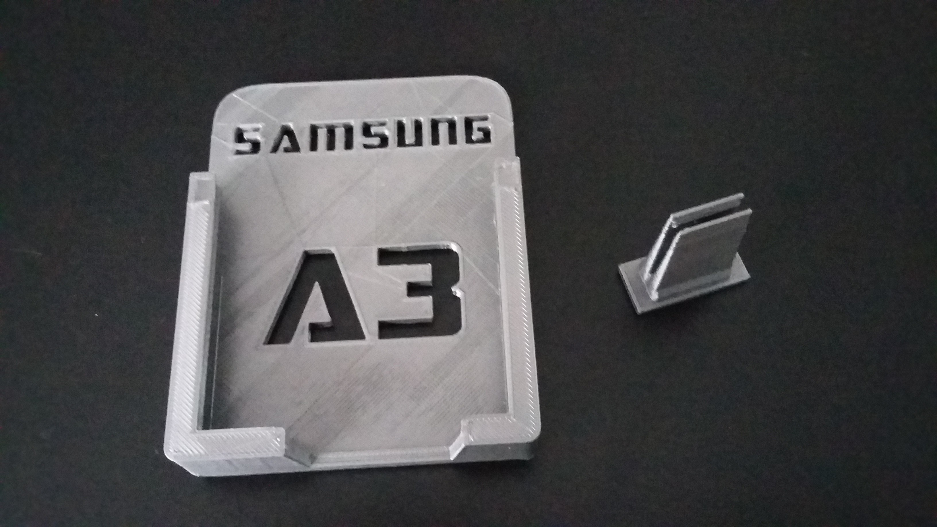 20170115_124401.jpg Download free STL file Samsung A3 Car Holder • 3D print template, Simdid