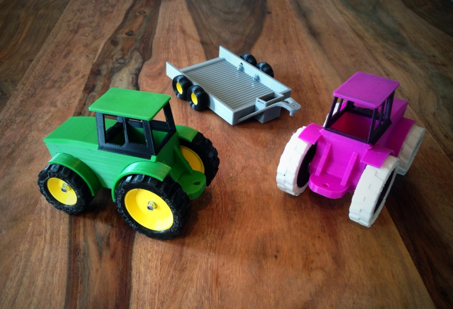 Capture d'écran 2017-06-16 à 18.04.45.png Download free STL file John Deere Tractor and Trailer • 3D printing object, Supeso
