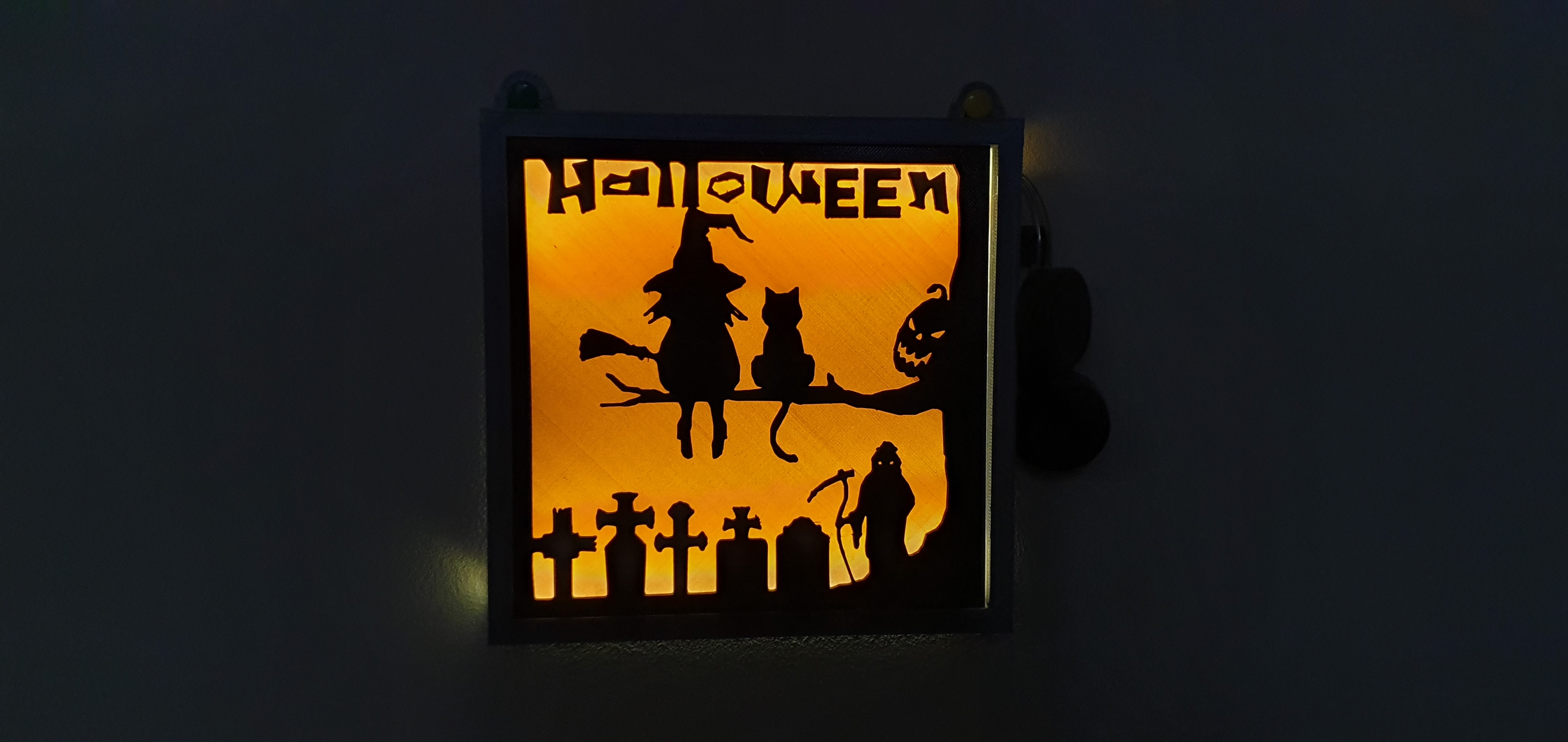 20191105_114040.jpg Download free STL file illuminated halloween frame • 3D printing model, catf3d