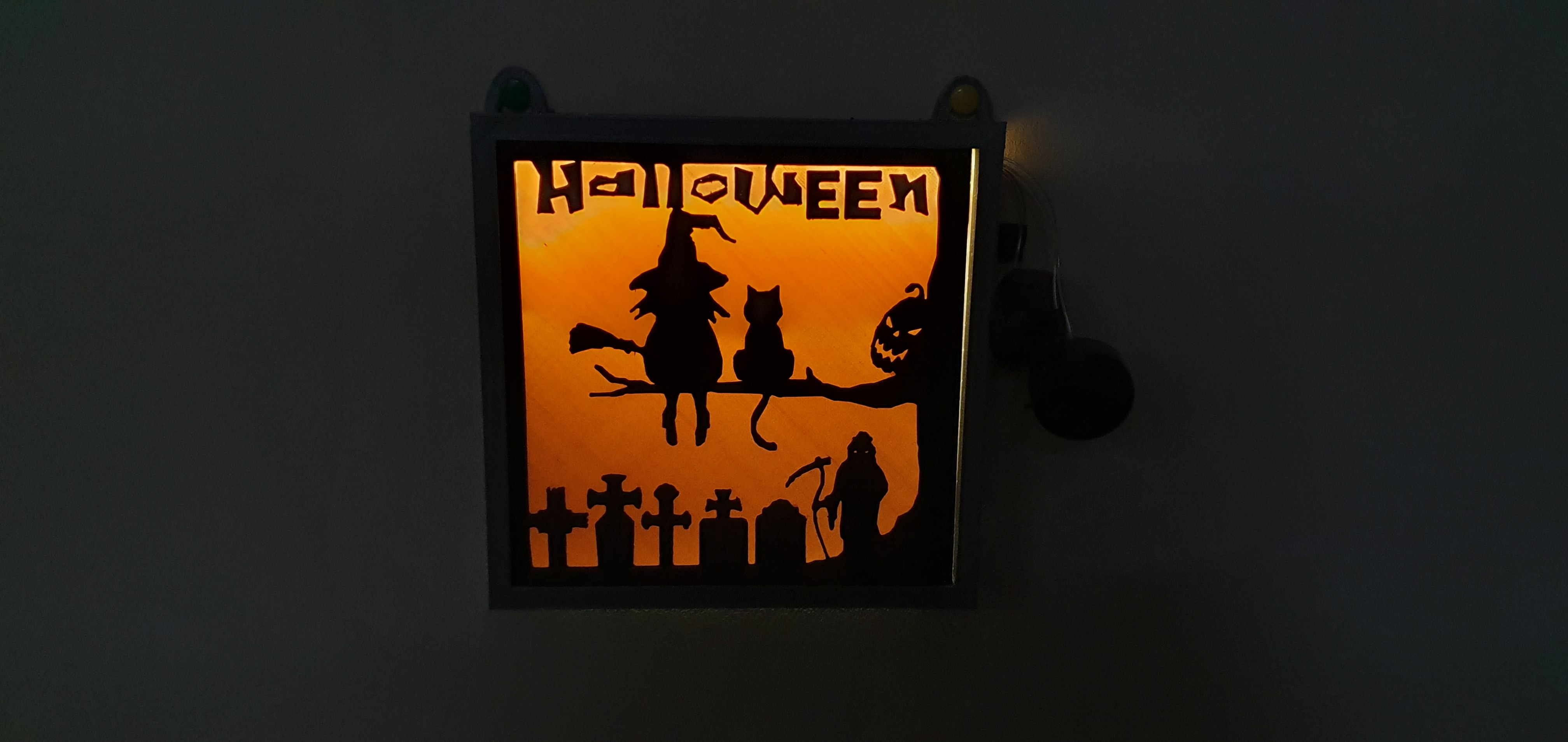 20191105_114103.jpg Download free STL file illuminated halloween frame • 3D printing model, catf3d