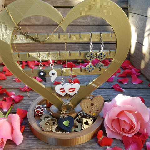 STL files heart jewelry stand, catf3d