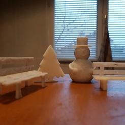 Télécharger objet 3D 2 bancs, sapin miniature et bonhomme de neige, catf3d
