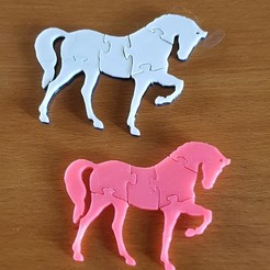 "STL file THE ""HORSE PUZZLE"" KEY RING, catf3d"