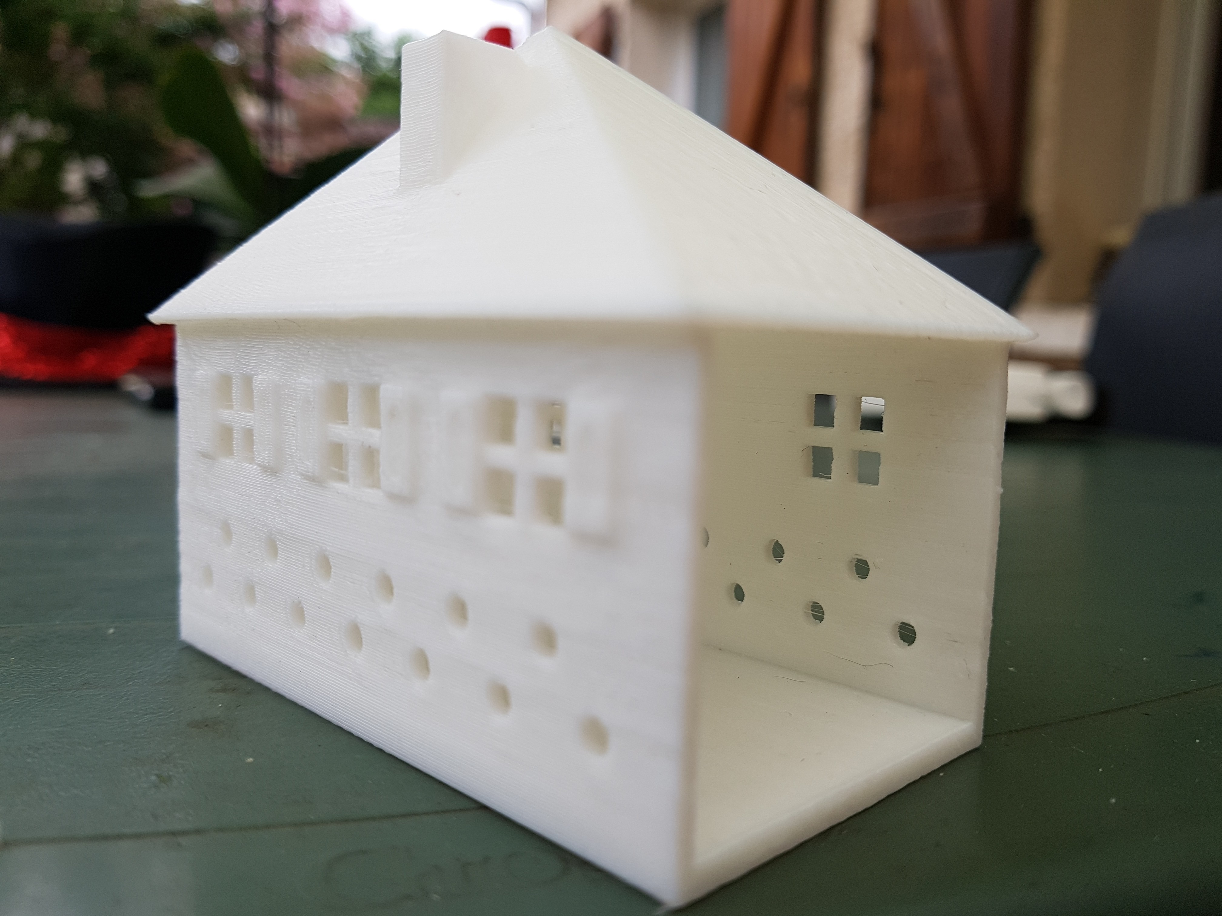 20170804_160620.jpg Download STL file SMALL ILLUMINATED HOUSE • 3D printable template, catf3d