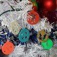 Modelos 3D gratis mi hermoso árbol y sus bolas decorativas, catf3d