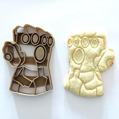 Download 3D printer designs cookie cutter Avengers guantelete thanos gauntlet cortante de galletas, PatricioVazquez