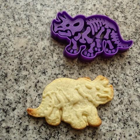 Download STL dinosaurs dinosaur cookie cutters triceratops, PatricioVazquez