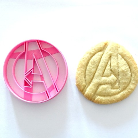 Download free 3D printer designs cookie cutter Avengers cookie cutter, PatricioVazquez