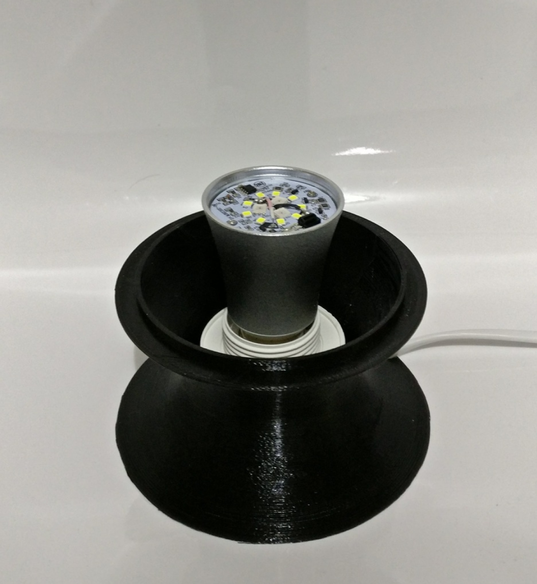 Capture d'écran 2017-12-13 à 10.50.19.png Download free STL file Cellular Lamp with foot, E27 RGB LED and diffuser • 3D printing design, xTremePower