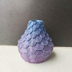 IMG_20200710_131655.jpg Télécharger fichier STL Vase ecaille • Objet imprimable en 3D, motek
