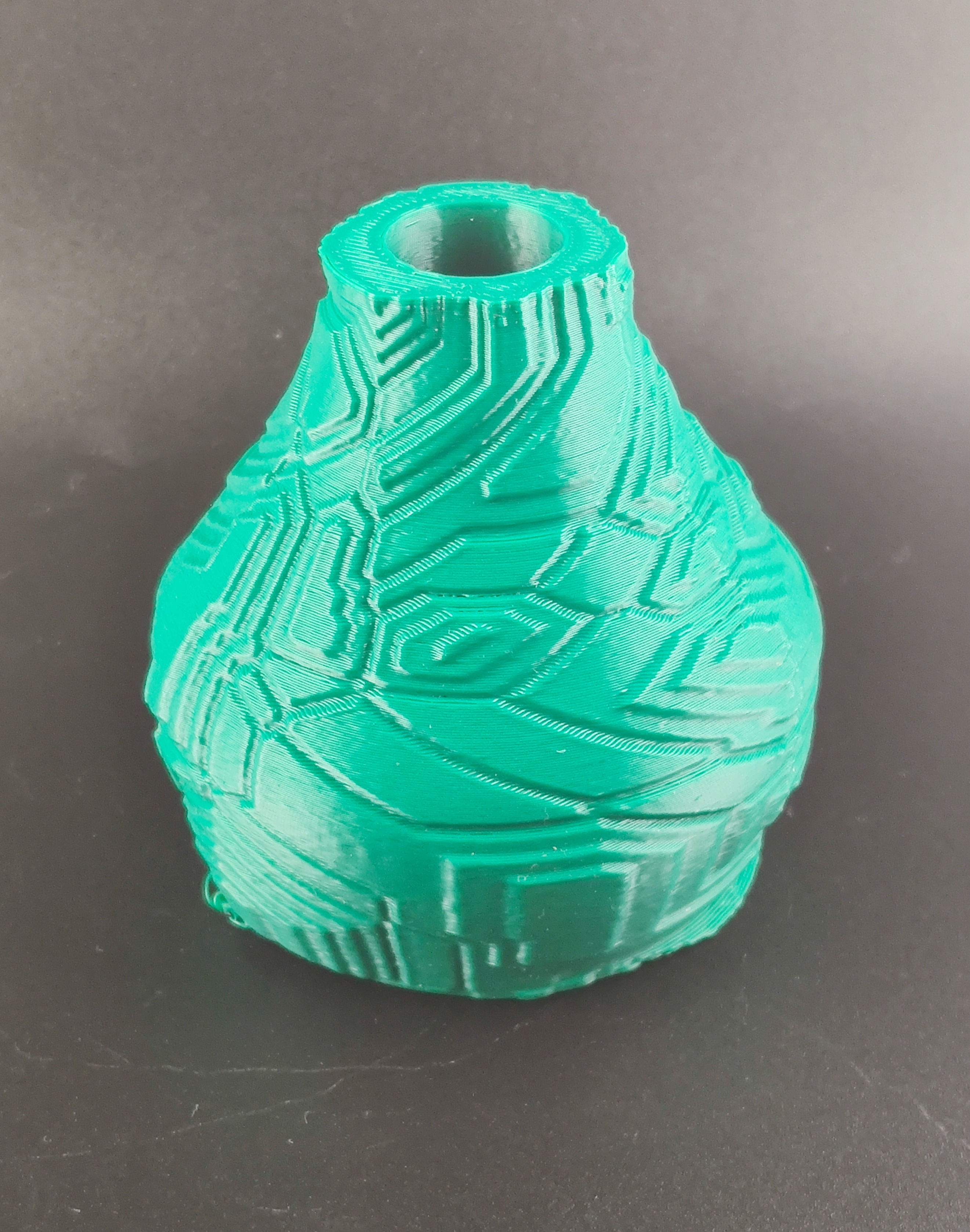 IMG_20200718_224444.jpg Download STL file Techno Vase • 3D print model, motek