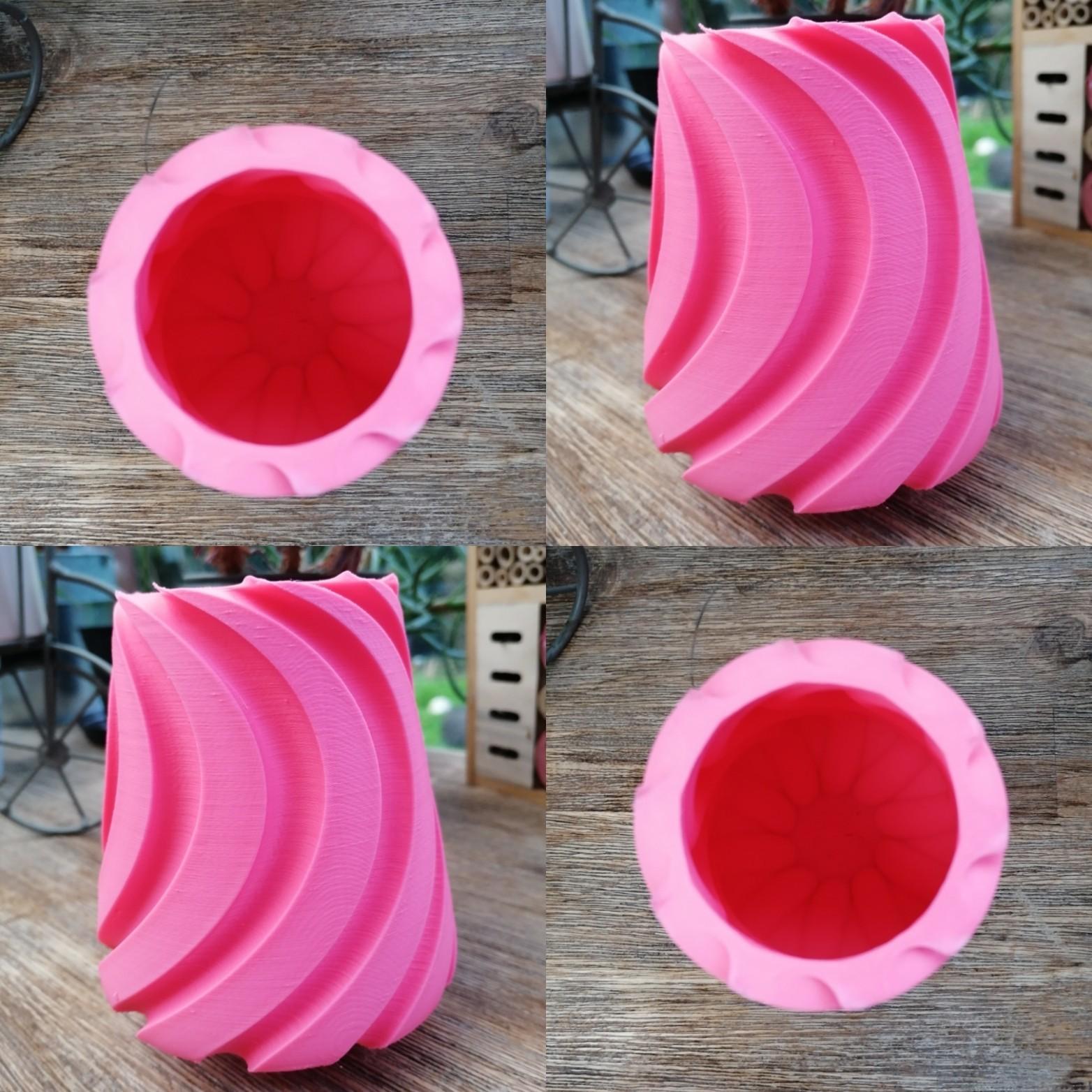 """IMG_20190313_175428.jpg Download STL file SWEETWAVE"""" vase 3dgregor • 3D print design, 3dgregor"""
