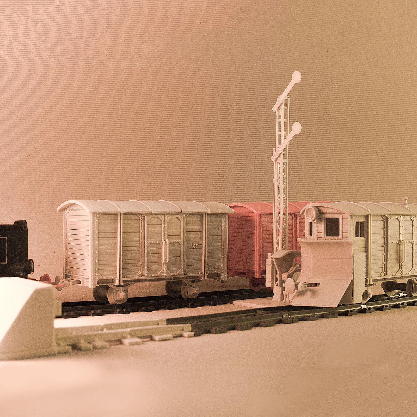 "DSC06361SQlow.jpg Download free STL file LEGO to ""Euroreprap Railroad System"" track adapter • 3D printing template, euroreprap_eu"
