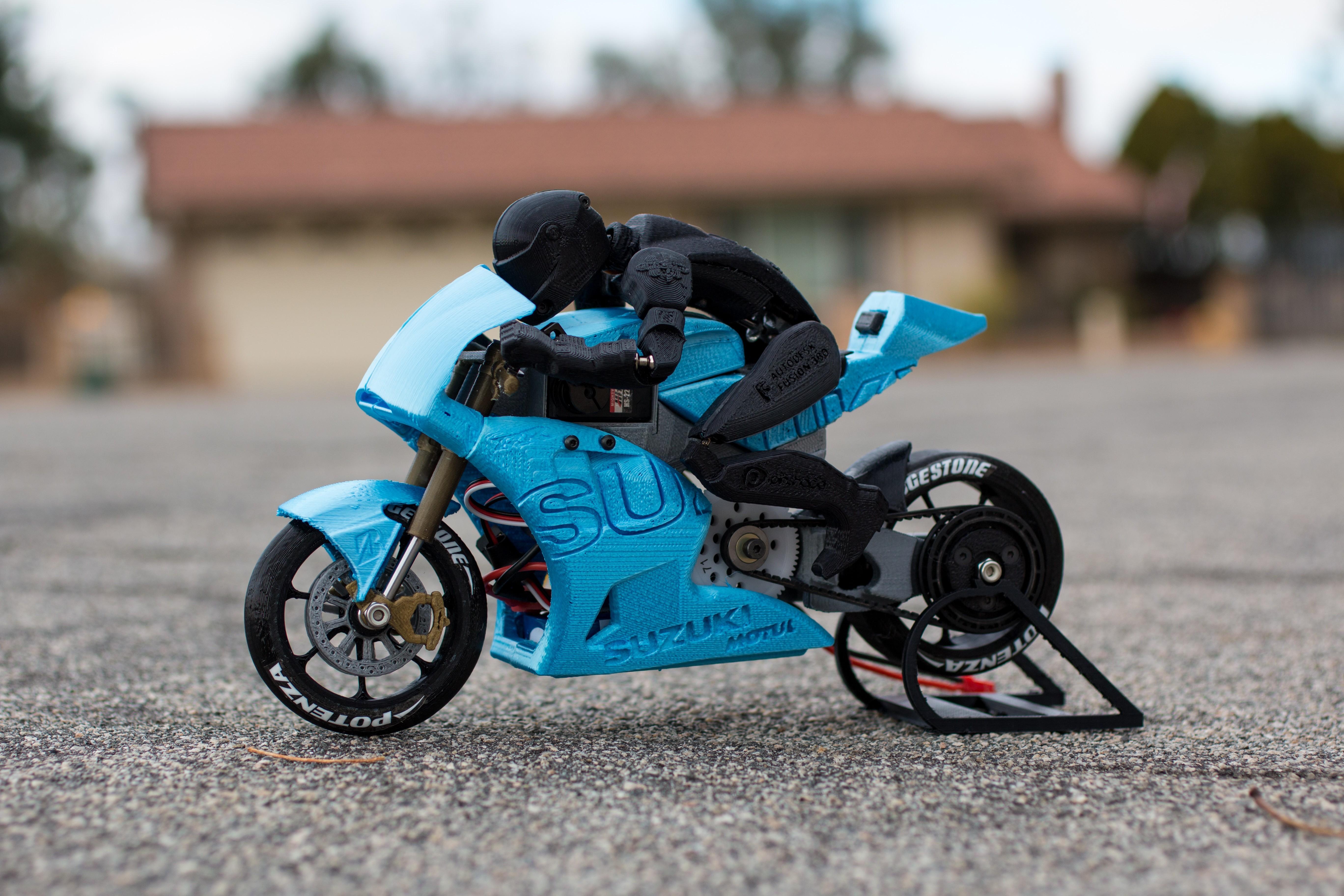 _MG_4280.jpg Télécharger fichier STL gratuit 2016 Suzuki GSX-RR MotoGP RC Moto • Modèle pour imprimante 3D, brett